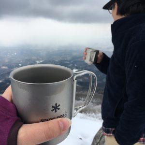 登山で極上のコーヒーをドリップして楽しむための材料と道具