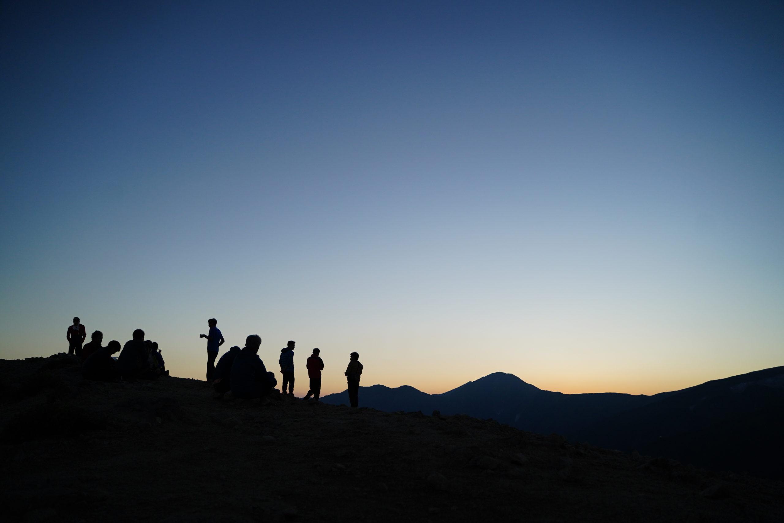 登山に三脚フルサイズカメラを使いやすく軽量にカスタマイズ